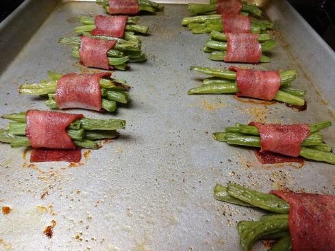 Green beans wrapped in turkey bacon - what's not to love?!