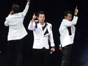 NKOTB gettin' down!